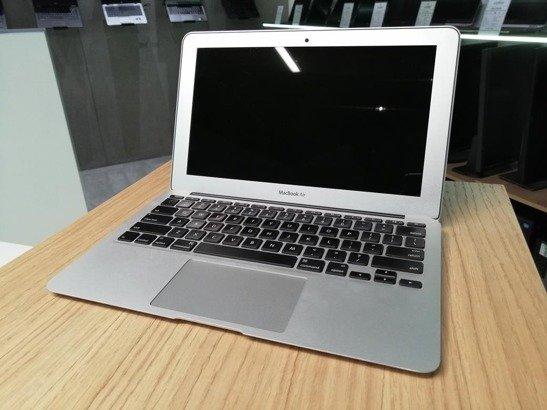 APPLE MACBOOK AIR A1465 i5-3317U 4GB 120GB SSD OSX