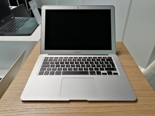 APPLE MACBOOK AIR A1466 i5-3427U 4GB 120GB SSD OS