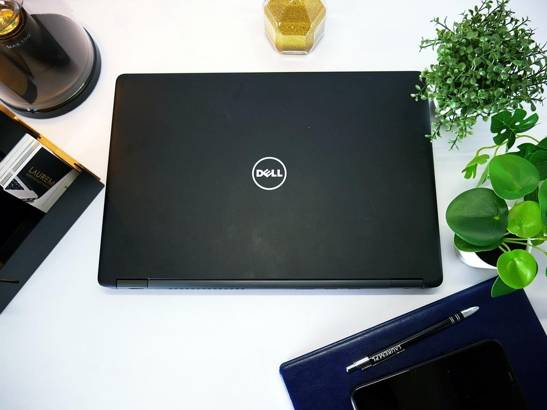 DELL 5480 i5-6300U 8GB 240GB SSD WIN 10 HOME