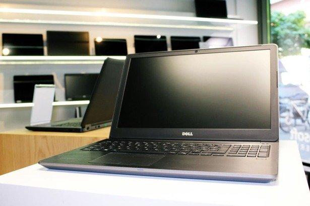 DELL 5568 i7-7500U 16GB 240GB SSD FHD 940M WIN 10 HOME