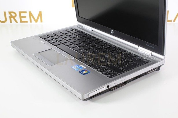 HP 2560p i7-2620M 8GB 120GB SSD WIN 10 HOME