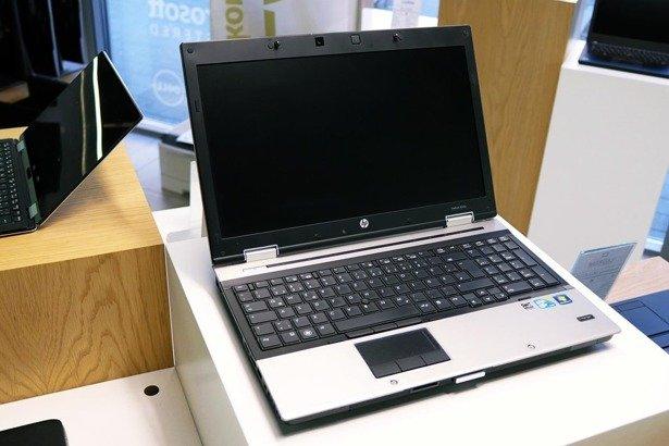 HP 8540p i5-520M 8GB 160 GB SSD HD+ 5100M WIN 10 HOME