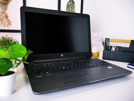 HP ZBOOK 15 G4 i7-7700HQ 8GB 240GB SSD FHD M1200 WIN 10 HOME