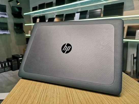 HP ZBOOK 15U G3 i7-6820HQ 16GB 512GB SSD FHD HOME